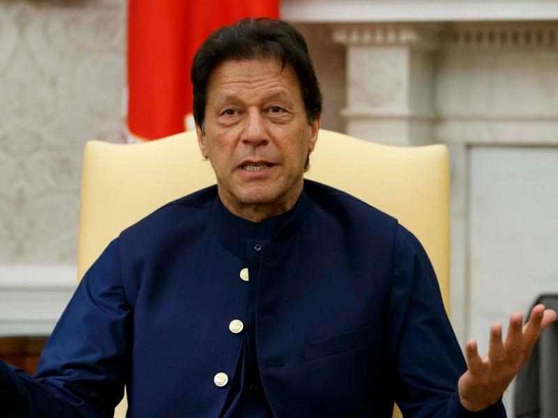 उधार मांगने में इमरान सरकार ने तोड़ा रिकॉर्ड, देश पर 3000 अरब पाकिस्तानी रुपए का कर्ज बढ़ा