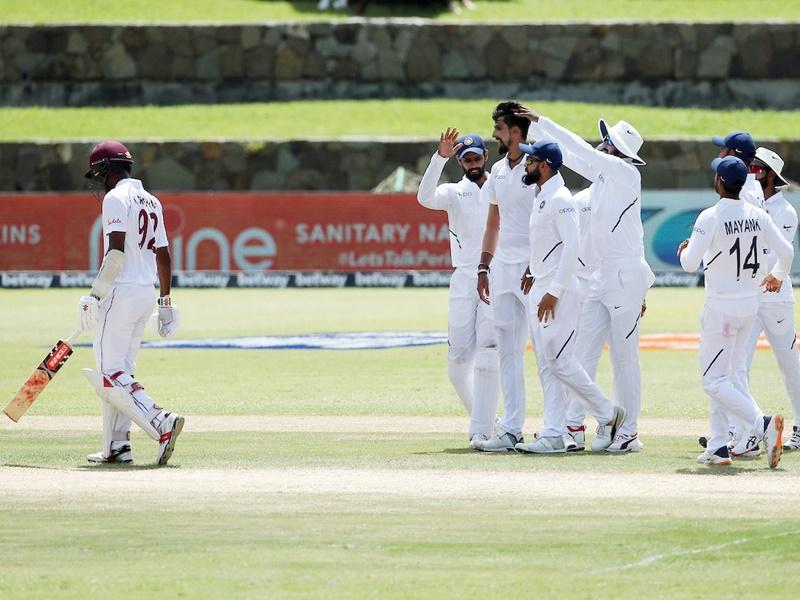 India vs West Indies 1st Test Day 2: टी टाइम तक वेस्टइंडीज के 3 विकेट गिरे