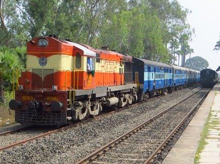 ट्रेनों की स्पीड बढ़ाने के लिए भारत ने चीन से मांगी मदद