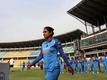 INDvsSL : भारतीय महिला टीम ने दूसरे वनडे में श्रीलंका को हराया, सीरीज पर भी किया कब्जा