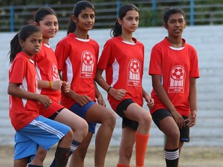 भारतीय फुटबॉल टीम तक पहुंच रहीं इंदौर शहर की बेटियां