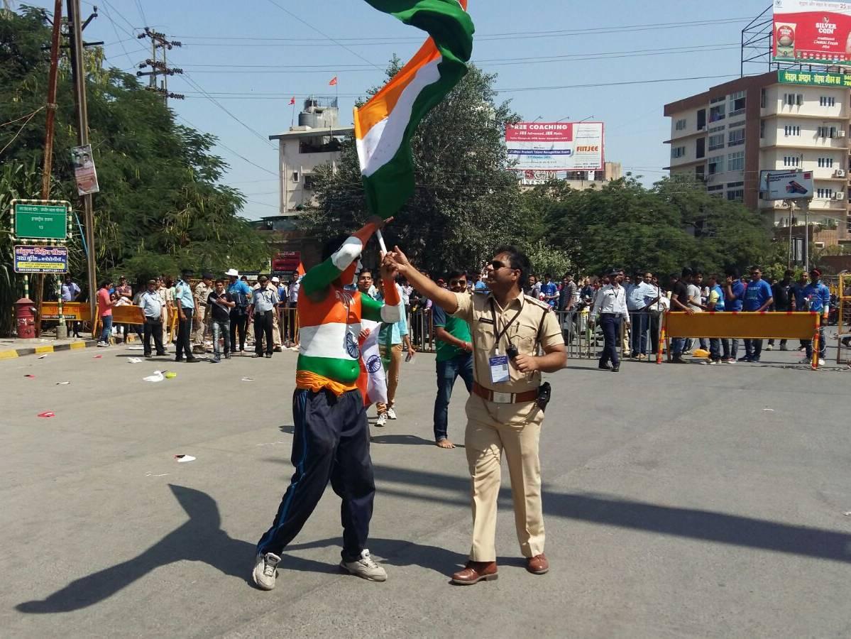 इंदौर वनडे : दर्शकों में जबरदस्त उत्साह