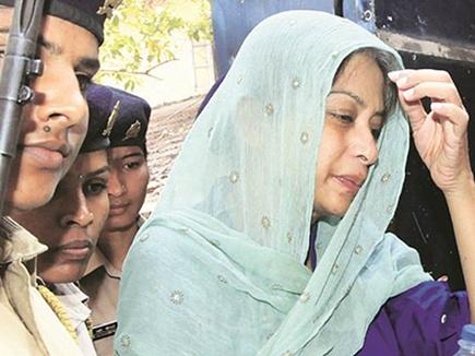 शीना बोरा हत्याकांड : इंद्राणी मुखर्जी ने जेल के अंदर जान का खतरा जताया