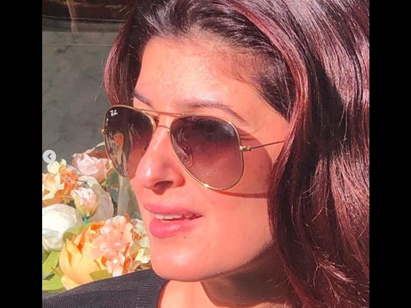 PIC: Twinkle Khanna को किसी फिल्टर की जरूरत नहीं, ये लेटेस्ट फोटो सबूत है इस बात का