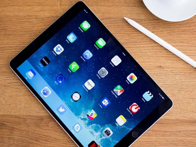 फोल्डेबल iPad पर काम कर रही है Apple, अगले साल हो सकता है लॉन्च : रिपोर्ट