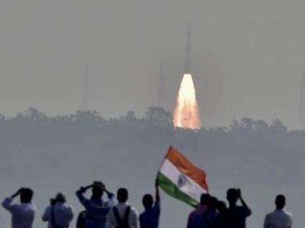 104 सेटेलाइट भेजकर अमेरिका-रूस को छोड़ा था पीछे, जानिए ISRO की बड़ी उपलब्धियां