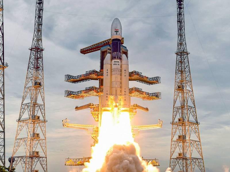 कांग्रेस ने Chandrayaan-2 की सफलता का श्रेय नेहरू व मनमोहन को दिया