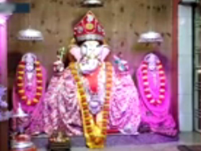 Ganesh Utsav 2019 : इस गणेश मंदिर में नारियल के जरिए लगाते हैं भक्त अपनी अर्जी, देखें वीडियो
