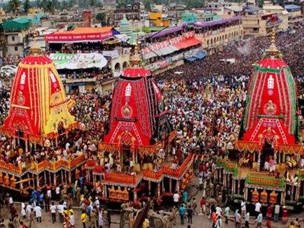 अहमदाबाद और पुरी में  निकाली गई भगवान जगन्नाथ रथयात्रा