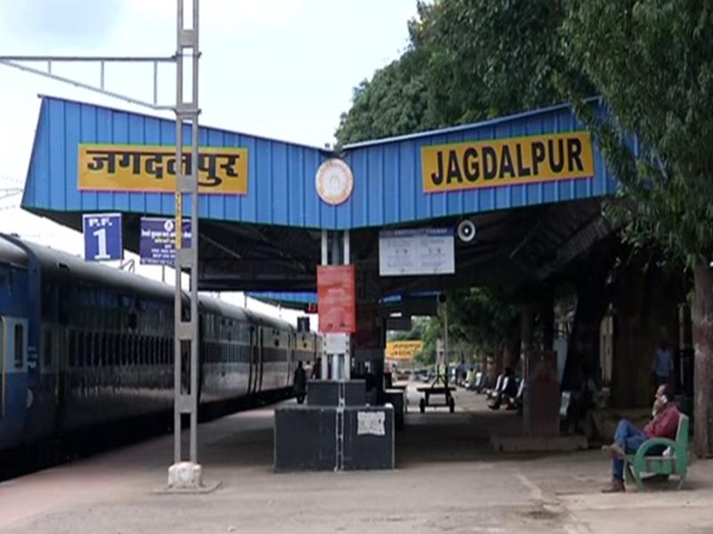ओडिशा में बारिश से रेल पटरियां क्षतिग्रस्त, जगदलपुर से आने-जाने वाली ट्रेनें प्रभावित