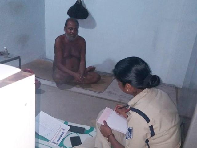 Indore: मुनि का थाने में रिपोर्ट लिखाना दिगंबर जैन समाज के लिए अपमानजनक