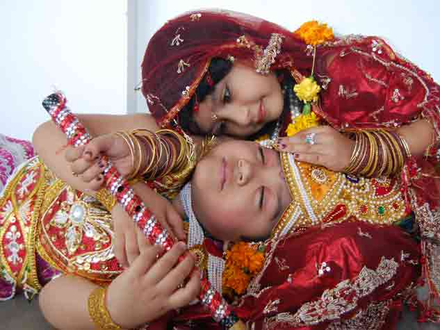 जबलपुर में धूमधाम से मनी श्रीकृष्ण जन्माष्टमी