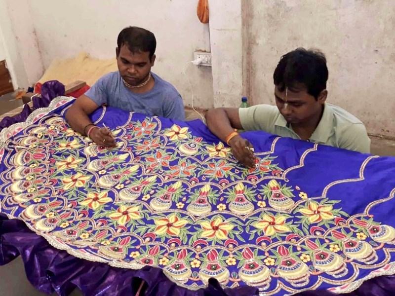 Janmashtami 2019 : उज्जैन इस्कॉन मंदिर में तीन लाख की पोशाक पहनेंगे कन्हैया