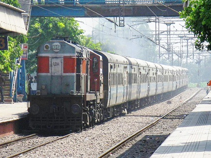 ट्रेन  हाइजैक के आठ दोषियों को 5 साल बाद उम्रकैद