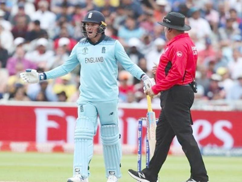 Jason Roy showed dissent on umpire's decision: अंपायर के फैसले पर विरोध जताना रॉय को पड़ा महंगा, लगा जुर्माना