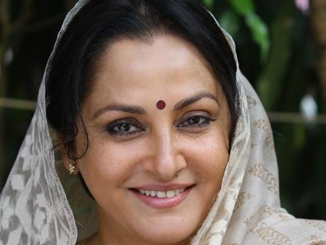 Rampur Lok Sabha Election 2019 : जया प्रदा ने आजम खान के खिलाफ मायावती को किया अलर्ट, केस दर्ज