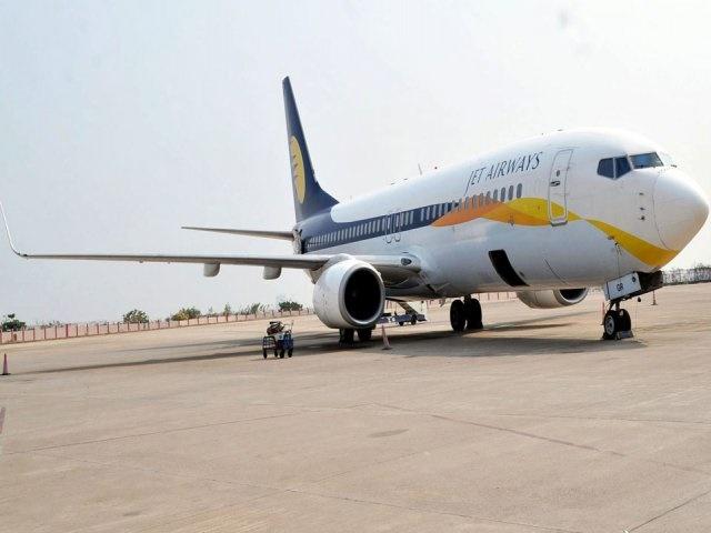 Jet Airways crisis: जेट एयरवेज बोली प्रक्रिया में 32 फीसद लुढ़का, स्पाइसजेट में तेजी जारी