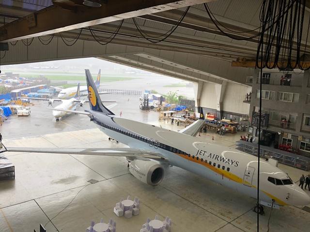 Jet Airways crisis: जेट एयरवेज की सभी उड़ानें निरस्त, बैंकों ने किया फंडिंग से इनकार