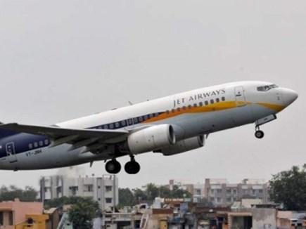 मुंबई-लंदन जेट एयरवेज की फ्लाइट रोमानिया में चार घंटे से अटकी