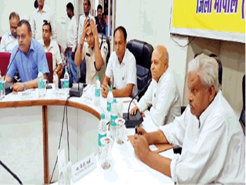 जिला योजना समिति की बैठक में भी गरमाया बिजली संकट, कांग्रेस नेताओं ने अपनी सरकार को घेरा