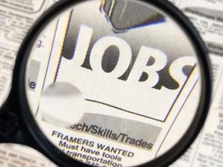 मैन्युफैक्चरिंग में नौकरियां बढ़ने की उम्मीद, निर्यात की चिंता बरकरार