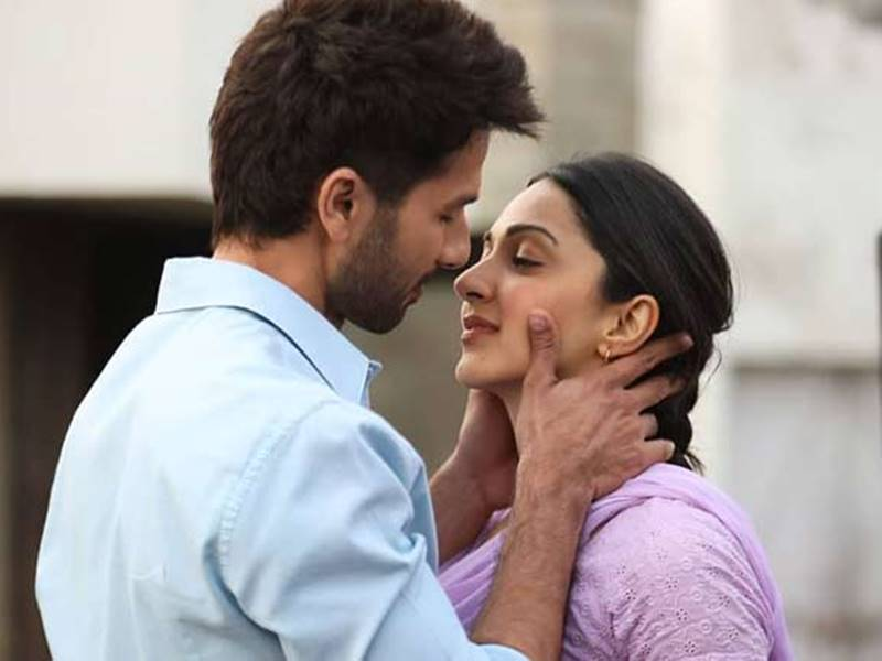 Kabir Singh Movie Review: सीधी-सी लव स्टोरी को सुनाया अनोखे अंदाज में