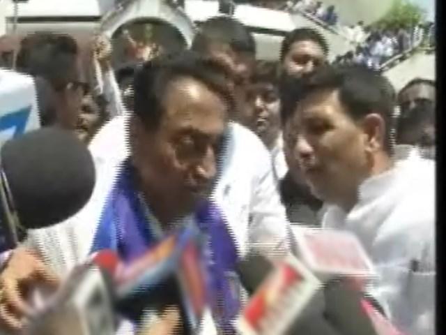 VIDEO: CM Kamal Nath ने सरेआम मंत्री Jitu Patwari को लगाई फटकार