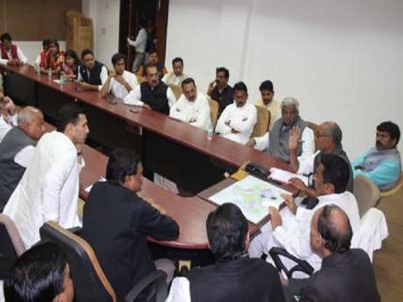 आदिवासियों की कर्ज माफी पर कमलनाथ कैबिनेट में लगेगी मुहर, राजस्व विभाग रखेगा मसौदा