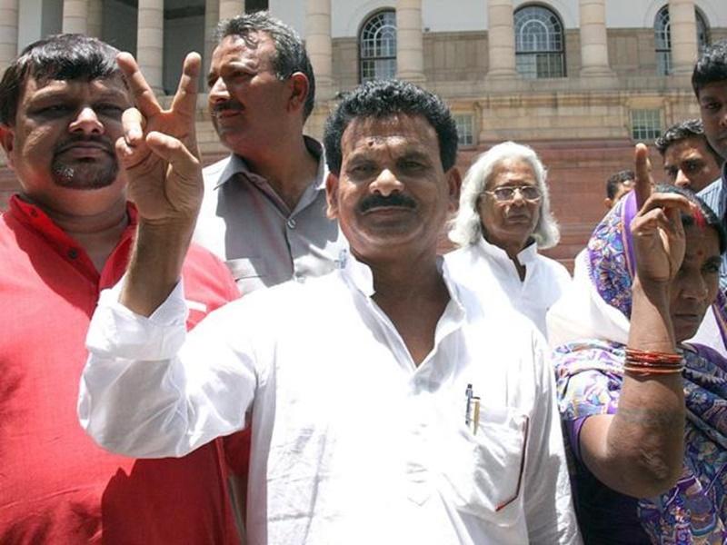 झारखंड : कांग्रेस से TMC में शामिल होते ही कामेश्वर बैठा बने प्रदेश अध्यक्ष