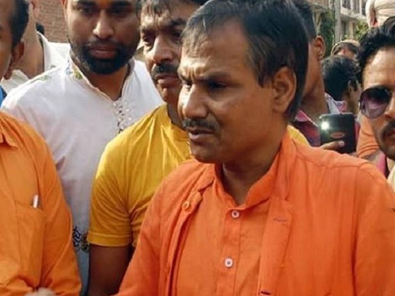 Kamlesh Tiwari Murder Case : फरार आरोपी अशफाक ने फेसबुक पर फर्जी आईडी बनाकर की थी कमलेश तिवारी से दोस्ती