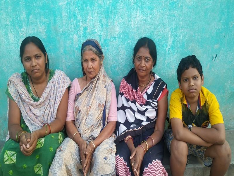 दरियादिल अम्मा ने बेटियों की भलाई के लिए दान कर दी जीवनभर की जमापूंजी