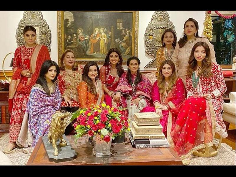 Karwa Chauth : शिल्पा शेट्टी, रवीना टंडन ने ऐसे मनाया करवा चौथ सेलिब्रेशन में, देखिए Photos और Videos