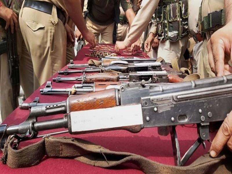 सीमा पर सख्ती होने से दूसरे रास्तों से कश्मीर पहुंच रहे हथियार