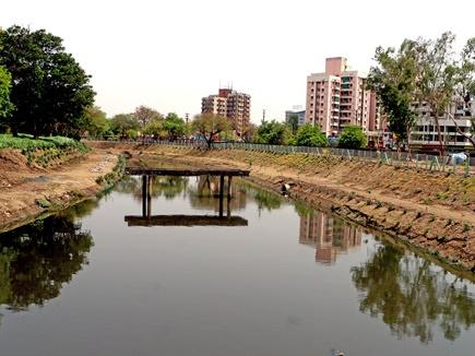 शुद्धिकरण से निखरने लगा खान नदी का स्वरूप