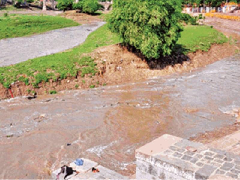 85 करोड़ की योजना से भी फायदा नहीं, बारिश में खान को रोकना नामुमकिन