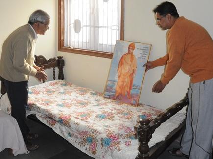 जिस पलंग पर विवेकानंद ने आराम किया, उसे अब तक संभाले रखा