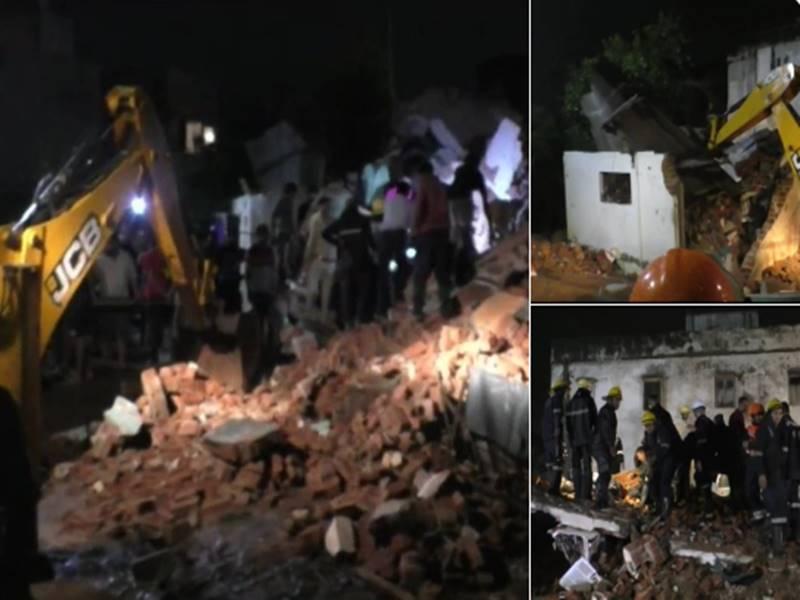 Gujarat: खेड़ा में बारिश के कारण इमारत गिरने से अब तक 5 की मौत, कईं अब भी दबे