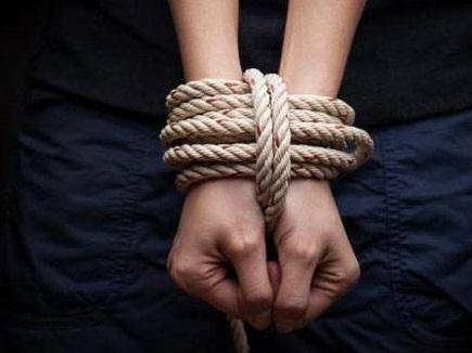 IAS अपहरण केस में आरोपी गिरफ्तार, ट्रेन को कर लिया था हाईजैक