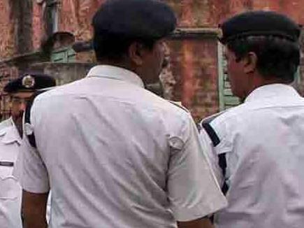 CBI vs Mamata : अब कोलकाता पुलिस ने पूर्व सीबीआई निदेशक के यहां मारे छापे