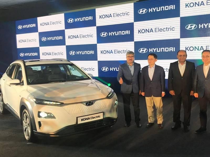 Hyundai ने उतारी इलेक्ट्रिक एसयूवी Kona, एक बार चार्ज करने पर चलेगी 452 किमी
