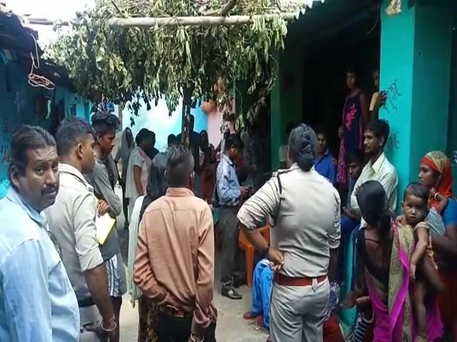 Chhattisgarh : दुल्हन हुई प्रेमी के साथ गायब तो छोटी बहन को बिठा दिया विवाह मंडप में