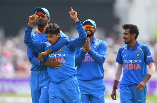 INDvsENG: कुलदीप ने पहले वनडे में बनाए कई विश्व रिकॉर्ड