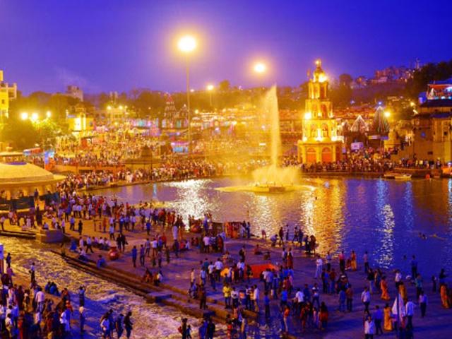 Prayag Kumbh 2019: आज भव्य और दिव्य कुंभ का समापन करेंगे CM योगी