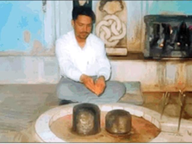Maha Shivratri 2019: नर्मदा तट पर धरती का एकमात्र युगल शिवलिंग