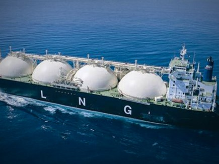 देश में सबसे सस्ती LNG का आयात शुरू, पहली खेप भारत पहुंची