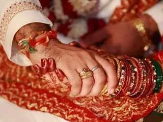 सन्नी बनकर शादी की, निकला आदिल, जबरन कराया धर्म परिवर्तन