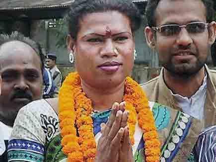 रायगढ़ से थर्डजेंडर मधु किन्नर को मिली विजय