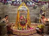 शिवनवरात्रि उत्सव में दूल्हा बने भगवान महाकालेश्चर