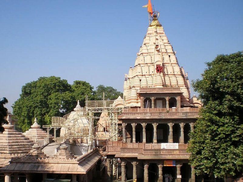 महाकाल मंदिर में आज से आम भक्तों को गर्भगृह में मिलेगा प्रवेश