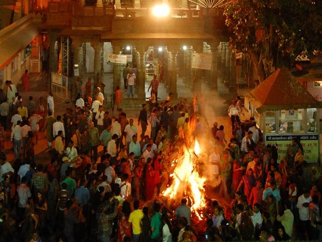 Holi 2019 : महाकाल मंदिर में संध्या आरती के बाद होगा होलिका दहन